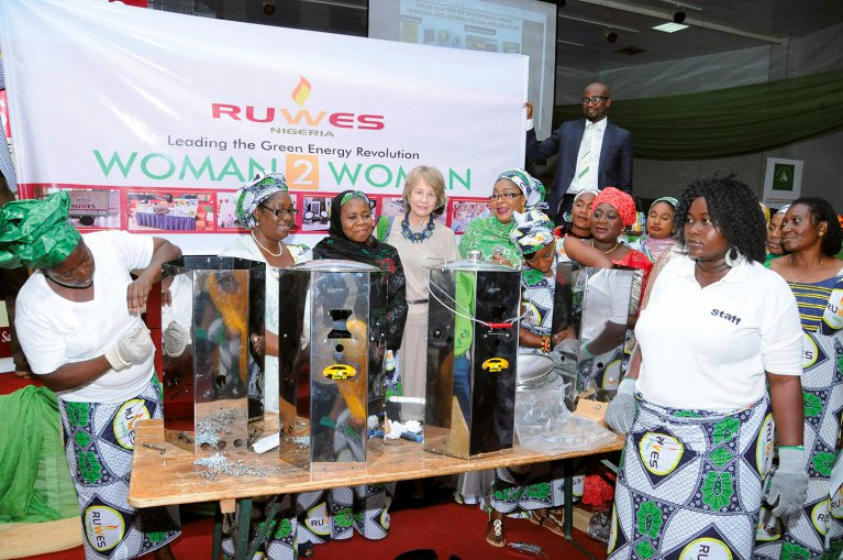Nigerian women from the Rural Women for Energy Security (RUWES) with clean cookstoves
