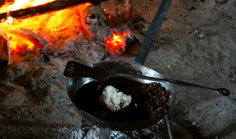 Dirty cookstoves are one of the sources of household air pollution. Photo: Veolia Institute