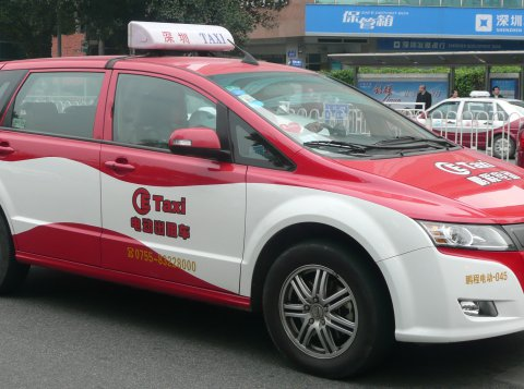 Electric Taxi in Shenzhen, China. Photo by: Brücke-Osteuropa